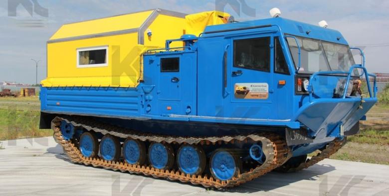 Гусеничная транспортная машина ЧЕТРА ТМ-140 с жилым VIP-модулем